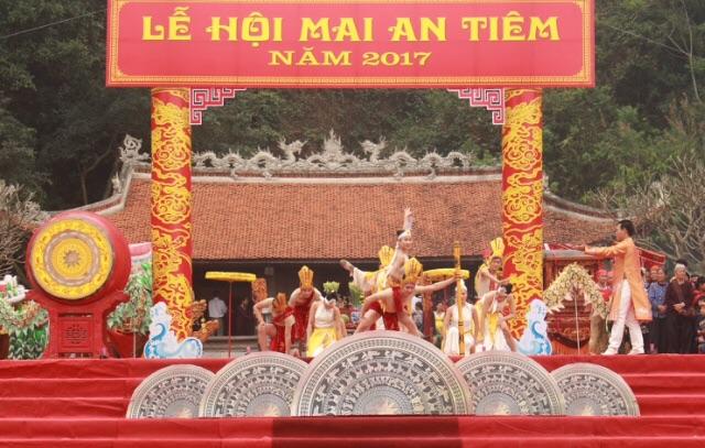 Chua Han Son Le hoi Mai An Tiem